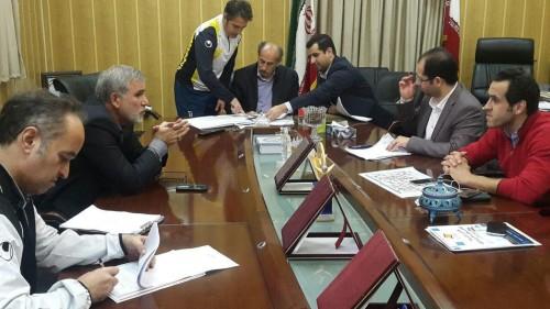 علی کریمی قرارداد خود را با سپیدرود رشت ثبت کرد